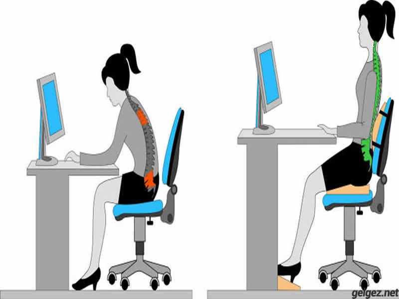 bilgisayar-basinda-bulunanlar-icin-yeni-masa-sandalye-cifti-istasyon-oturma