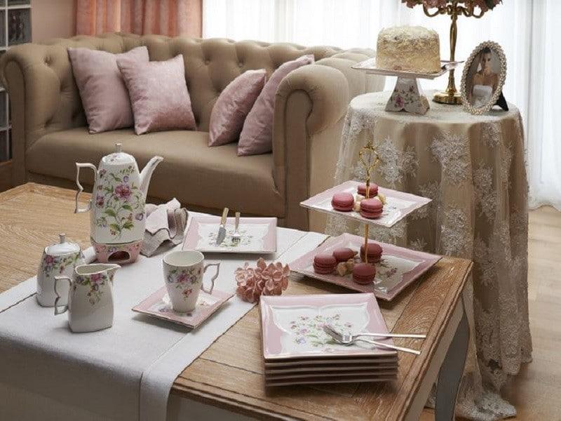 Eve gelecek misafir için nasıl hazırlık yapılmalı? | Misafirlerinize özel çay takımı setlerinizi kullanın